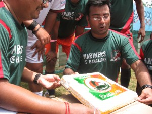 Mariners@Bangalore with the cake
